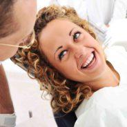 Professzionális fogfehérítés – otthon vagy rendelőben?